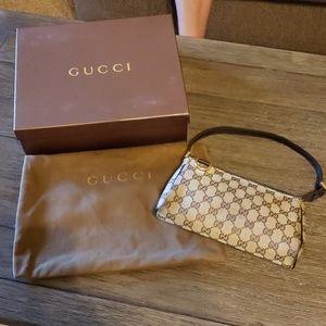 Gucci mini pouchette